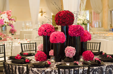 Wedding flowers las vegas wedding florist las vegas there are many considerations to take into account when selecting the best florist the flowers themselves and wedding decor for your ceremony and junglespirit Choice Image